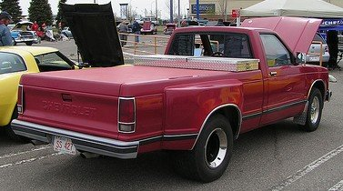 Chevrolet S-10 that wants to be converted to electric!