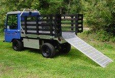 might e truck blue